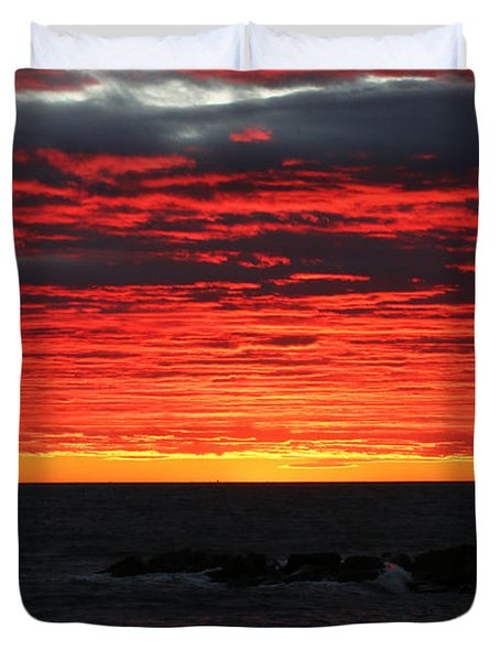 Sunset And Jetty Duvet Cover
