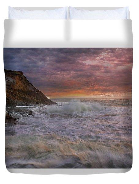 Sunset And Waves At Cape Kiwanda Duvet Cover by David Gn