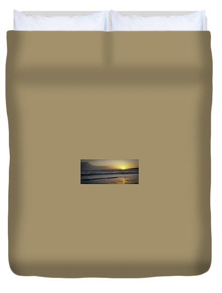 Sunset At Barry Duvet Cover