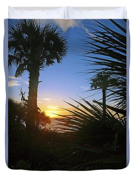Sunset At Bearefoot Beach In Naples Duvet Cover