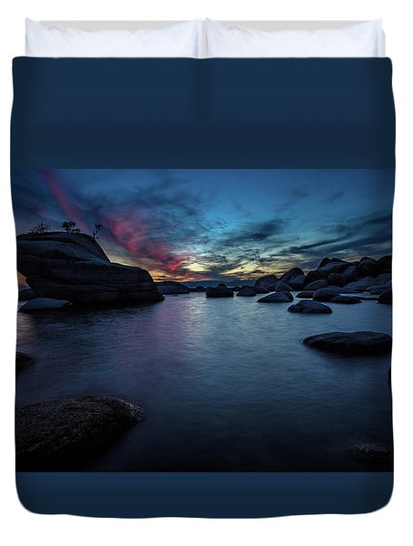 Sunset At Bonsai Rock Duvet Cover