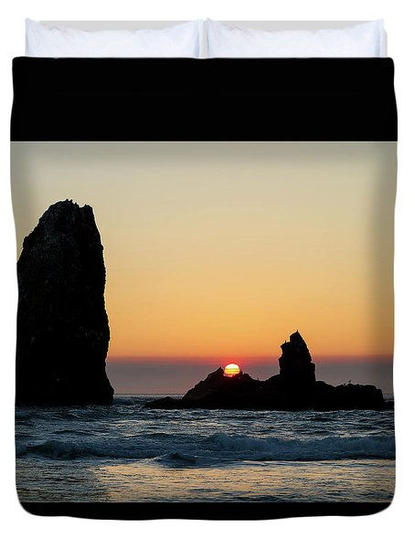 Sunset At Cannon Beach Duvet Cover by David Gn