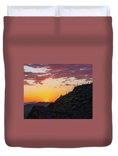 Sunset At Gate's Pass Duvet Cover