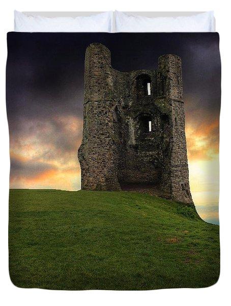 Sunset At Hadleigh Castle Duvet Cover