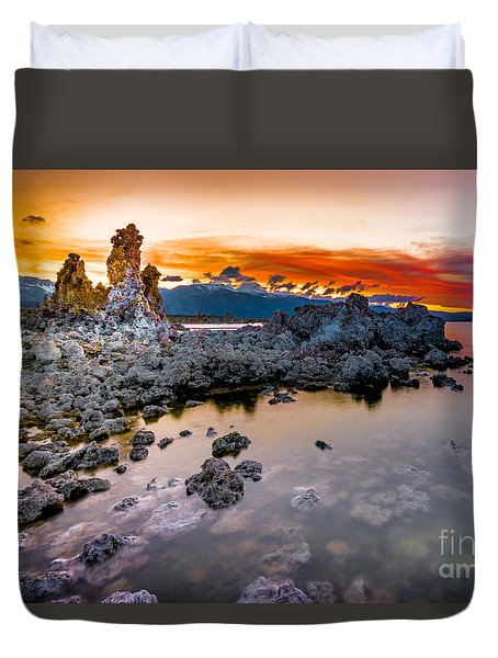 Sunset At Mono Lake Duvet Cover