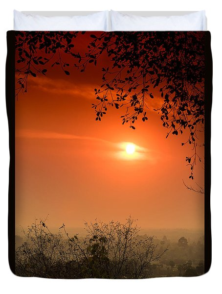 Sunset At Phnom Bakheng Of Angkor Wat Duvet Cover