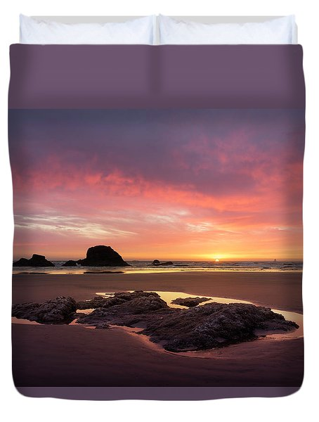 Sunset At Ruby Beach Duvet Cover