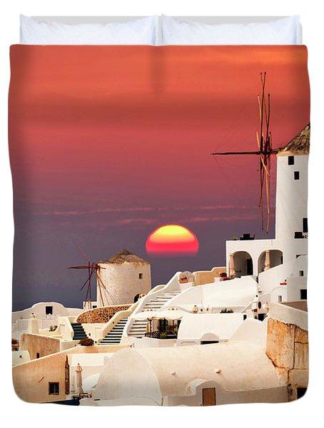 sunset at Santorini Duvet Cover