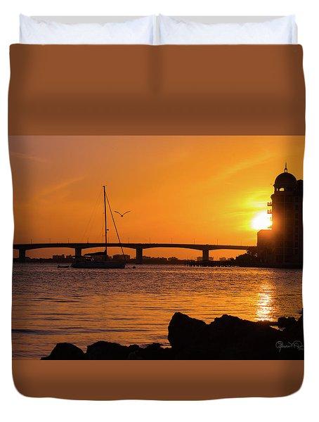 Sunset At Sarasota Bayfront Park Duvet Cover