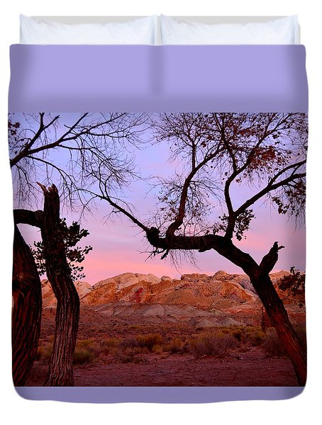 Sunset At The Swell Duvet Cover