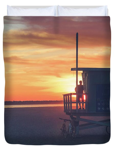 Sunset At Toes Beach Duvet Cover