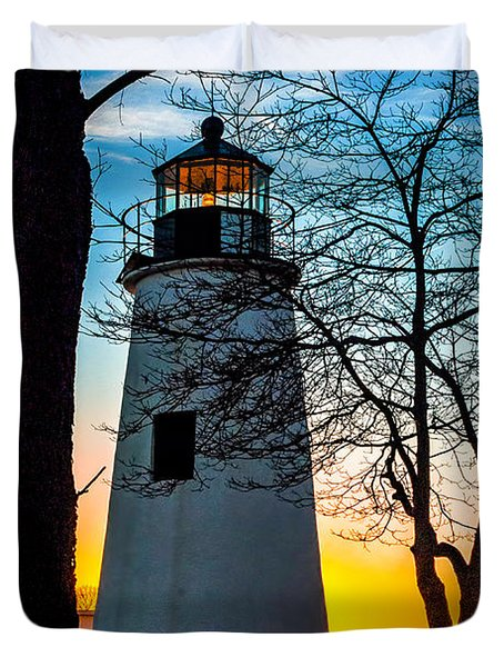 Duvet Cover featuring the photograph Sunset At Turkey Point Lighthouse by Nick Zelinsky