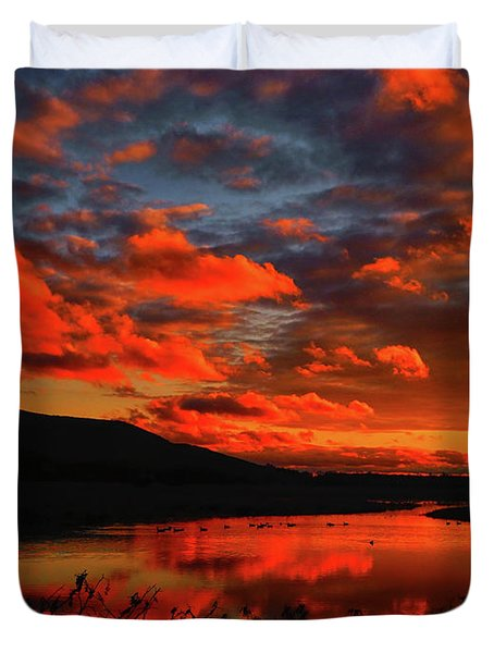Sunset At Wallkill River National Wildlife Refuge Duvet Cover