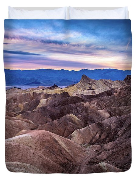 Sunset At Zabriskie Point In Death Valley National Park Duvet Cover