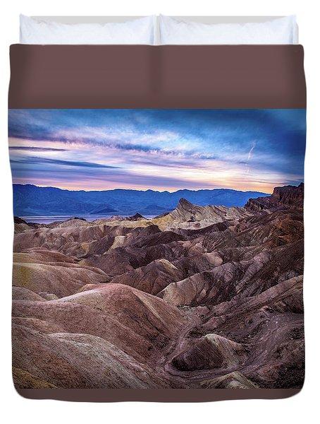 Sunset At Zabriskie Point In Death Valley National Park Duvet Cover