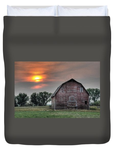 Sunset Barn Duvet Cover