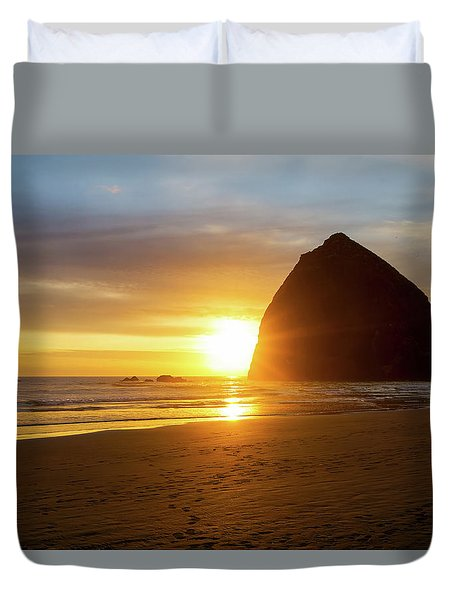 Sunset By Haystack Rock At Cannon Beach Duvet Cover by David Gn