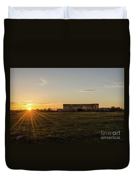 Sunset By Old Castle Ruin Duvet Cover