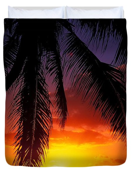 Sunset From The Beach Duvet Cover by Vince Cavataio - Printscapes