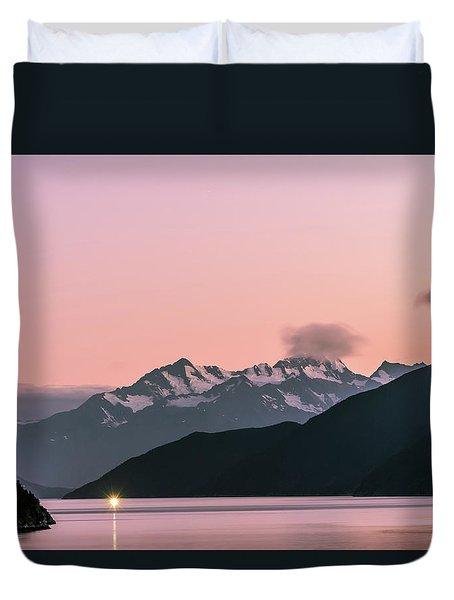 Sunset In Alaska Duvet Cover