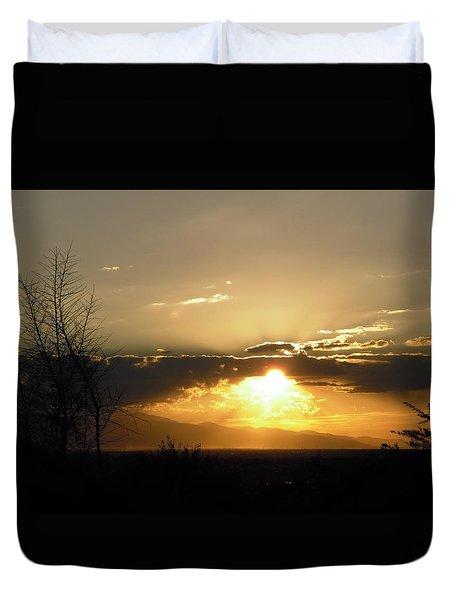 Sunset In Apple Valley, Ca Duvet Cover