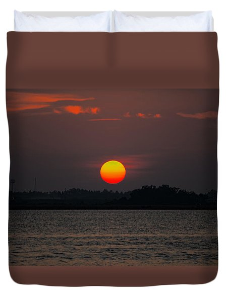 Sunset In Biloxi Duvet Cover by Cathy Jourdan
