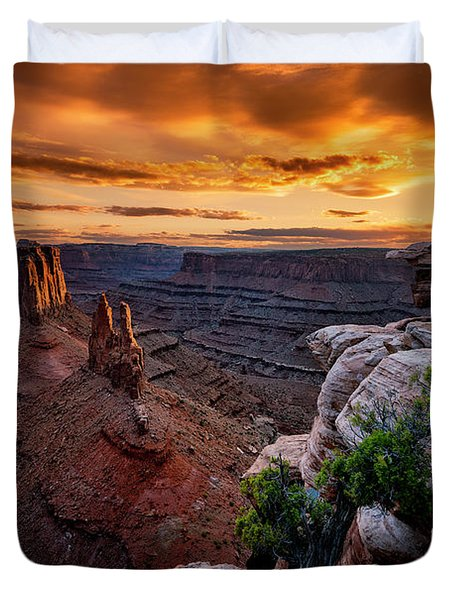 Sunset In Canyonlands Duvet Cover