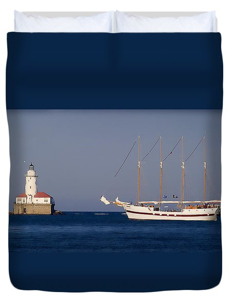 Duvet Cover featuring the photograph Sunset In Chicago by Milena Ilieva