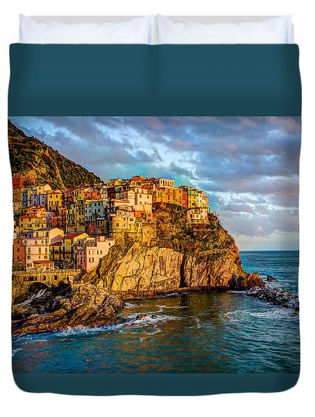 Sunset In Manarola Duvet Cover by Wade Brooks