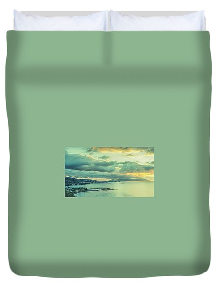 Duvet Cover featuring the photograph Sunset In Tahiti by Gary Slawsky