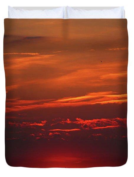 Sunset In The City Duvet Cover by Mariola Bitner