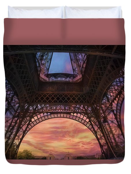 Duvet Cover featuring the photograph Sunset by John Rivera
