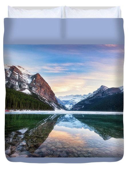 Duvet Cover featuring the photograph Sunset Lake Louise by Russell Pugh