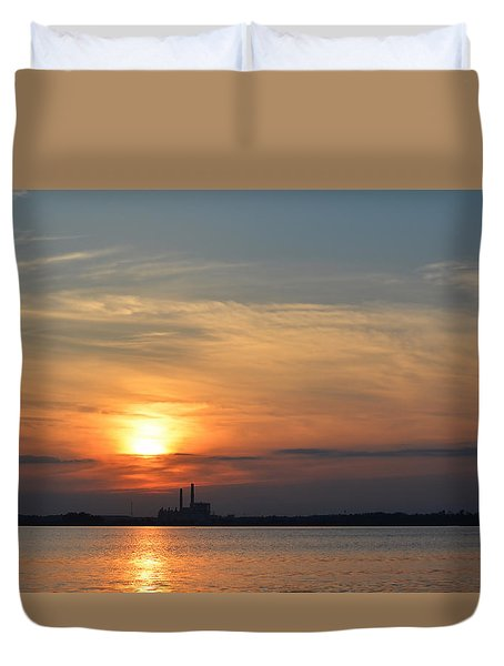 Sunset On Bay 1 Duvet Cover by Cathy Jourdan