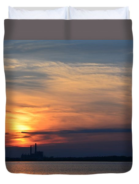 Sunset On Bay 4 Duvet Cover by Cathy Jourdan