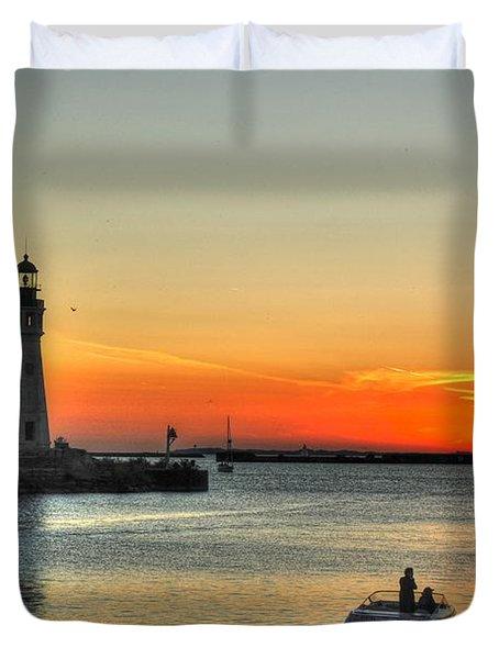Sunset On Lake Erie Duvet Cover by Michael Frank Jr