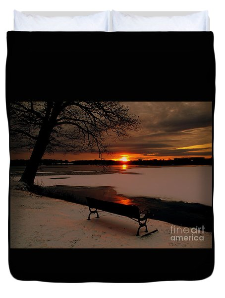 Sunset On Lake Quanapowitt Duvet Cover