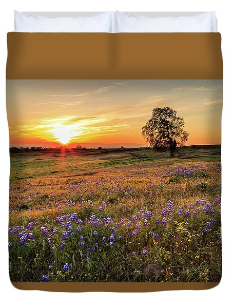 Sunset On North Table Mountain Duvet Cover