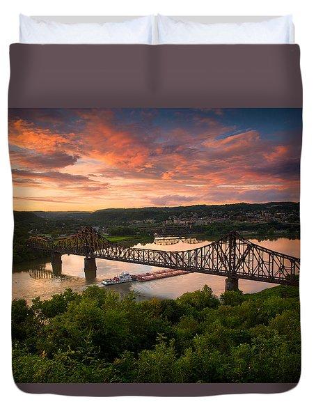 Sunset On Ohio River  Duvet Cover