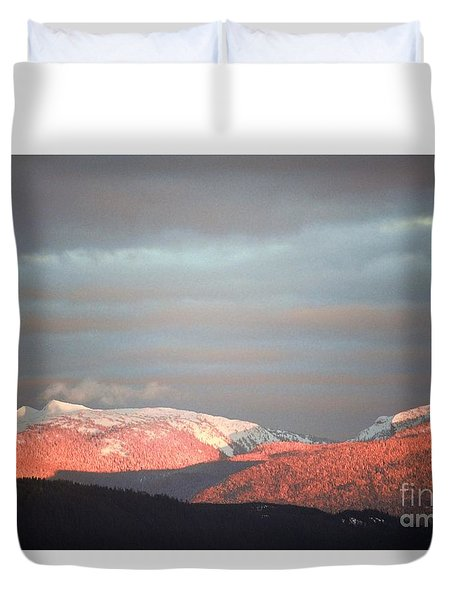 Duvet Cover featuring the photograph Sunset On The Monashees by Victor K