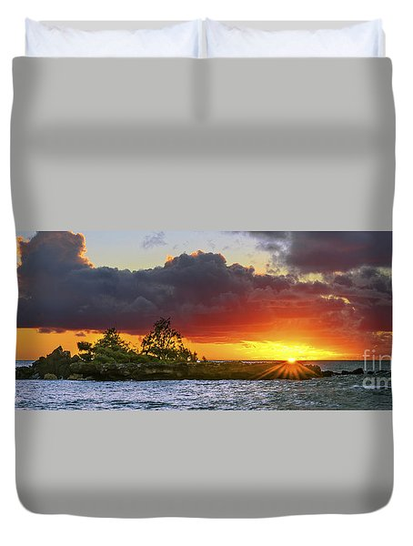 Duvet Cover featuring the photograph Sunset On The North Shore Of Oahu by Aloha Art