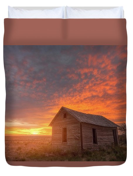 Duvet Cover featuring the photograph Sunset On The Prairie  by Darren White
