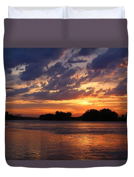 Duvet Cover featuring the photograph Sunset On The River 2 by Lynn Hopwood