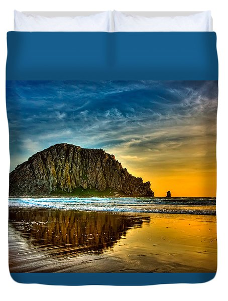 Sunset On The Rocks Duvet Cover