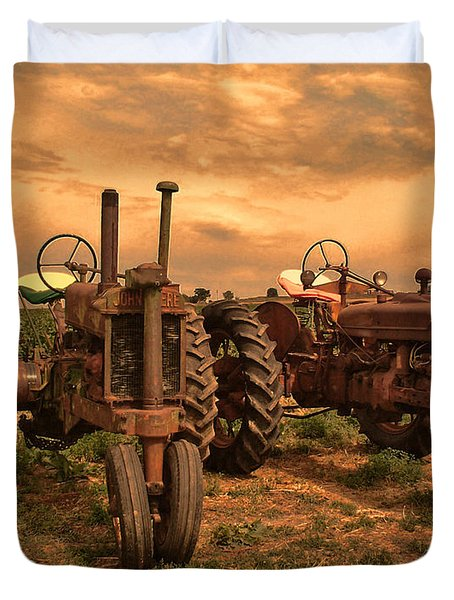 Sunset On The Tractors Duvet Cover by Ken Smith