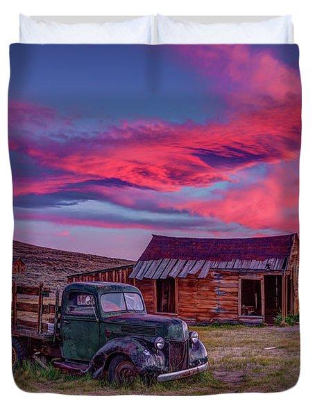 Sunset Over Bodie's Green Truck Duvet Cover