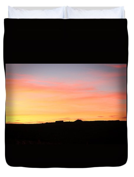 Duvet Cover featuring the photograph Sunset Over Cairnpapple by RKAB Works