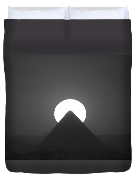 Duvet Cover featuring the photograph Sunset Over Cheops by Donna Corless