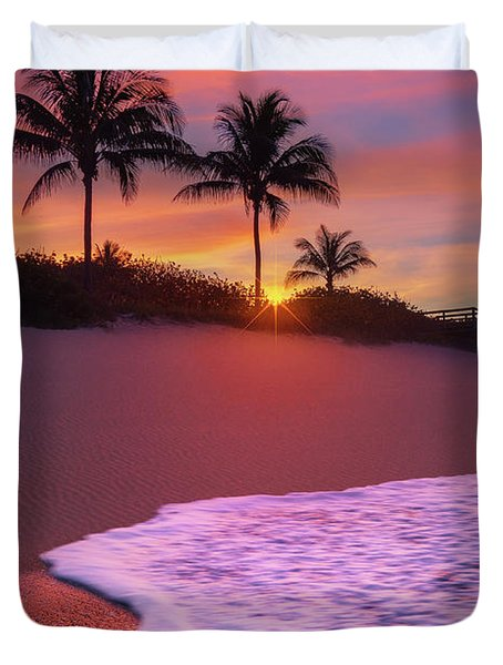 Sunset Over Coral Cove Park In Jupiter, Florida Duvet Cover
