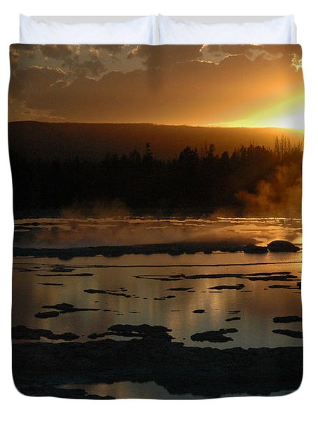 Sunset Over Great Fountain Geyser In Yellowstone National Park Duvet Cover